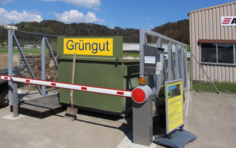 Welche Arten von Abfällen nimmt ein automatisierter Entsorgungshof auf?